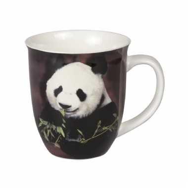 Dieren mokken pandabeer